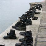bronzovaya-obuv-v-budapeshte-150x150