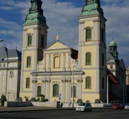 centralnaya-prixodskaya-cerkov-266x245