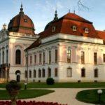 korolevskij-dvorec-v-gyodellyo-150x150