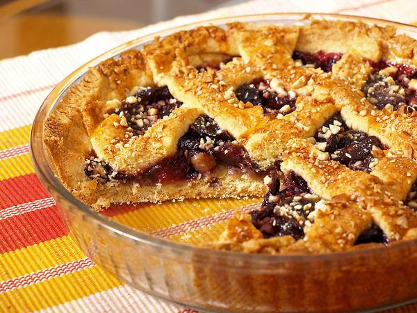 пирог со свежими сливами рецепт фото