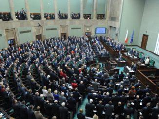 polsko-vengerskoe-strategicheskoe-partnerstvo-parlamentov-326x245